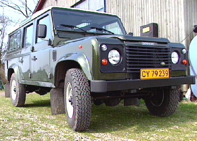 Land Rover Defender 110. Land Rover Defender 110quot; (1999